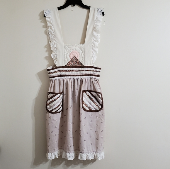 Vtg Quilted Prairie Style Apron